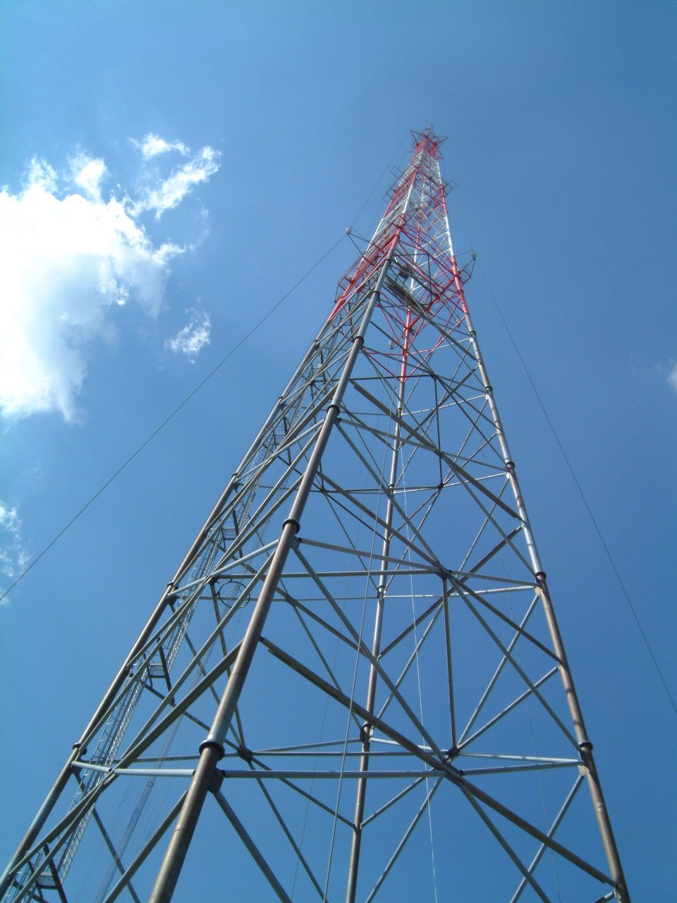 The Sottens Transmitter And Antenna Two Points Are In One Line Main Viewed From Base