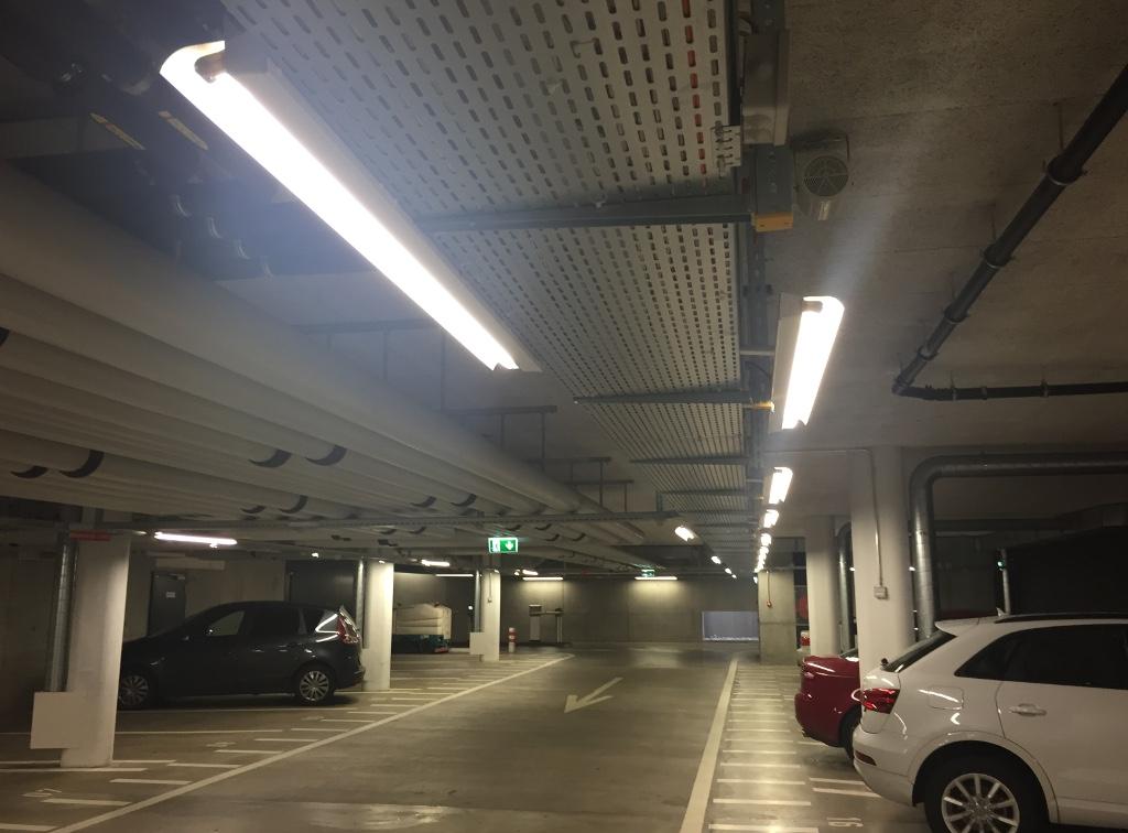 standard effect under problem lighting shooting beat the lamp photos wikipedia wiki lights fluorescent when created